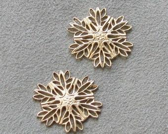 sweet Petite Snowflakes Brass Filigree Stampings  02002