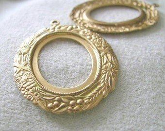 Highly Detailed Cabochon Settings  8762 Raw Brass