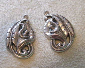 Lily Flower Drops In antique Silver Finish
