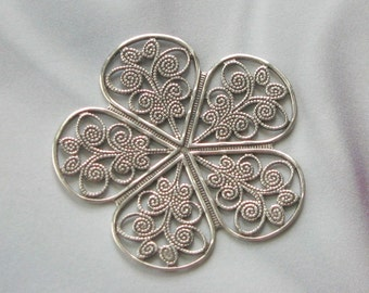 Beautiful Medium ANTIQUE SILVER PLATED Filigree Stamping -1 Pair-  6714  asp