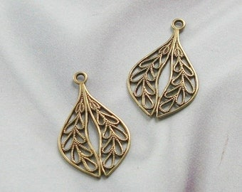 Petite Drops in ANTIQUE GOLD FINISH Stampings with Filigree Findings  06423 agp