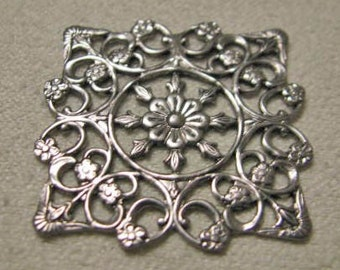 Antique Silver Finish Brass Fancy Filigree Squares