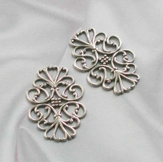 VINTAGE STYLE SILVER PLATED  VICTORIAN CONNECTOR FINDINGS