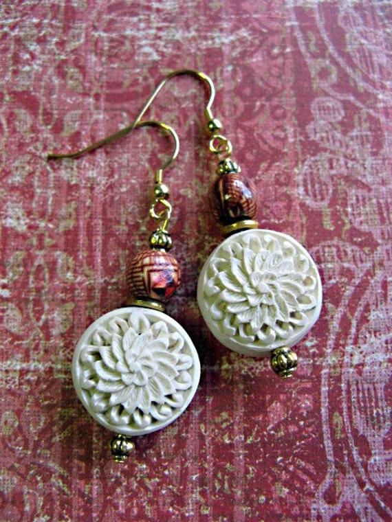 Sweet Elyssa 2 - Carved Cinnabar Earrings