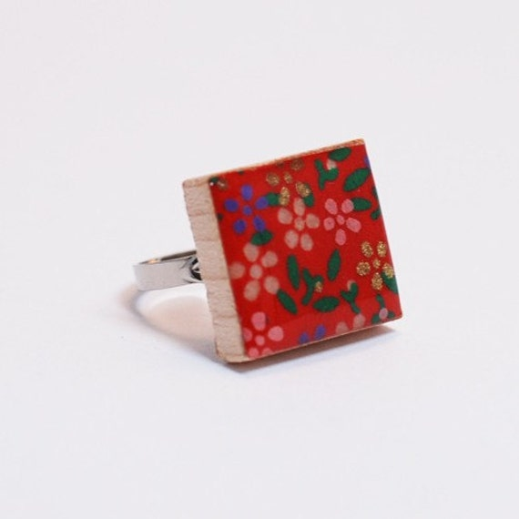 Recycled Scrabble Tile Adjustable Ring - Daisy if You Do in Red