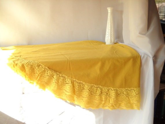 Vintage Tablecloth Mustard Yellow Floral Lace Tablecloth