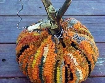 Large Dimensional Rug Hooked Pumpkin E Pattern Primitive Hooking