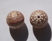 Vintage Italian Gold and White Dusty Mauve Focal Beads   bds846