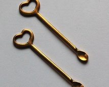 Raw Brass Tiny Spoon with Heart Pendant (2) mtl208