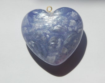 Lilac Pearly Swirled Large Puffy Lucite Vintage Heart Pendant (1) pnd069A