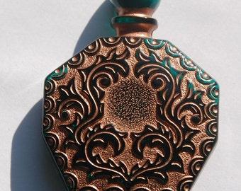 Green Etched Faux Perfume Lucite Bottle Pendant Copper Details Vintage pnd066D