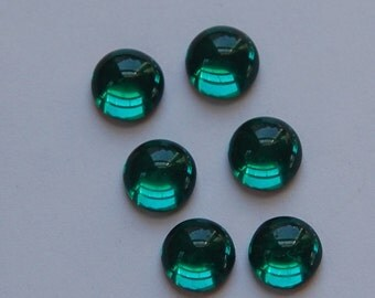 Vintage West German Emerald Green Glass Cabochons 11mm (6) cab2005B