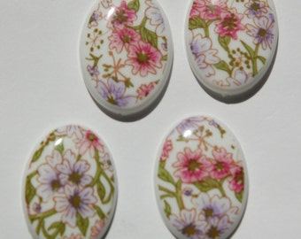 Vintage Pink and Purple Floral Plastic 25mm x 18mm Cabochon cab009A