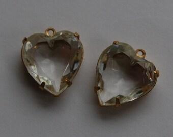 Clear Glass Heart Pendants in 1 Loop Brass Setting 15mm hrt001G