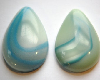 Vintage Blue Gray Pearl White Swirl Lucite Teardrop Cabochons cab767E
