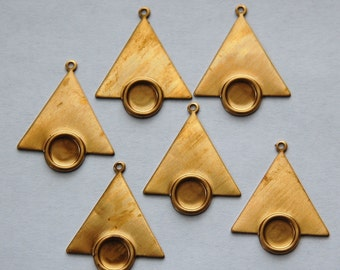 1 Loop Raw Brass Triangle Drops Charms with 7mm Setting (6) mtl066