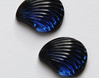 Vintage Sapphire Blue Glass Fan or Shell Cabochons cab286C