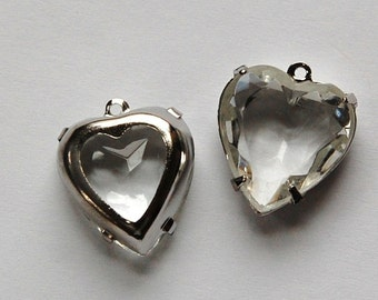 Crystal Clear Glass Heart Pendants in 1 Loop Silver Plated Setting 15mm hrt002G