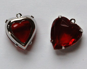 Garnet Red Glass Heart Pendants in 1 Loop Silver Plated Setting 15mm hrt002M