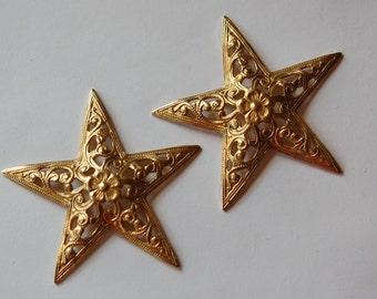 Raw Brass Dapped Filigree Star with Flower (2) mtl338