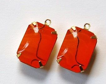 Vintage Orange with Black Design Glass Stones 1 Loop Brass Setting squ004P