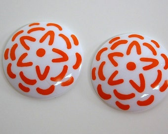 Vintage Orange and White Stenciled Look Acrylic Cabochon cab796A