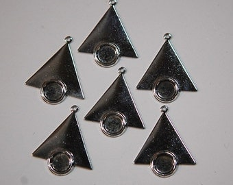 1 Loop Silver Plated Brass Triangle Drops Charms with 7mm Setting 26x23mm (6) mtl066C
