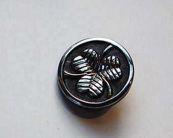 Vintage Black Glass Clover Button with Silver LG btn024