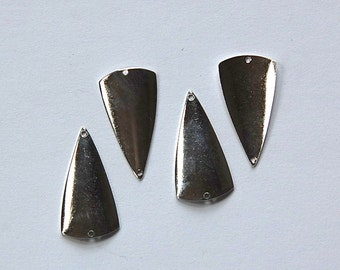 2 Hole Silver Plated Dapped Triangle Connector Pendants (4) mtl363A