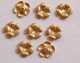 Raw Brass Ribbed Petal Flower Bead Cap mtl195