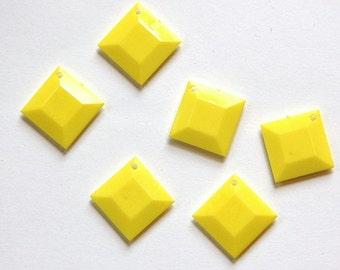 Vintage Yellow Acrylic Faceted Square Charms Drops bds201B