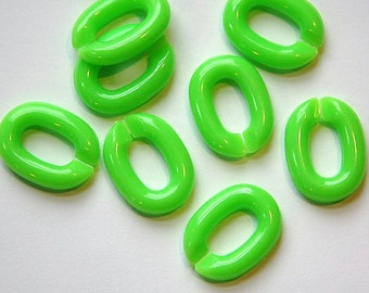 Vintage Plastic Connector Linking Links Bright Green LG (25) bds605C