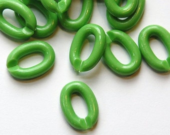 Vintage Plastic Connector Linking Links Light Green SM (30) bds606E
