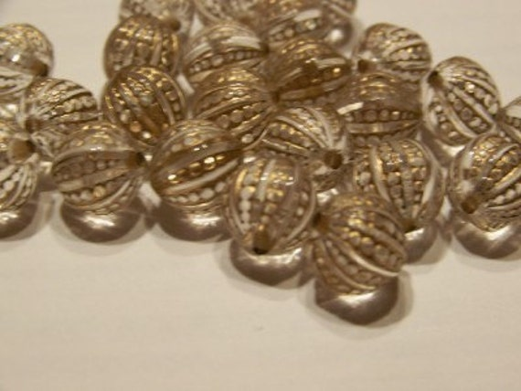 Vintage Style Etched Crystal with Gold Accents 12mm Beads bds442C