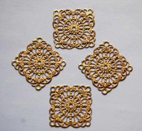 Raw Brass Filigree Square Pendant Drops mtl346