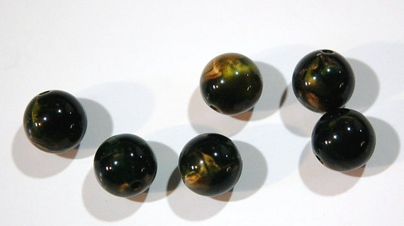 Vintage Green Acrylic Beads with Silky Gold Swirls 13mm bds162B
