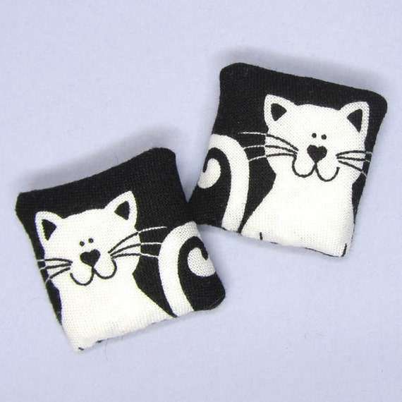 Smiley White cats Dollhouse miniature pair of pillows cushions for a dolls house