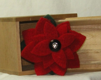 Felted Christmas Wool Brooch  free shipping