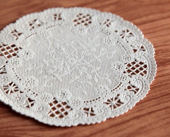 Delicate French Lace Paper Doilies, Pack of 50