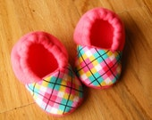 Fleece Toddler Slippers with Non Slip Soles, Pink Argyle, Toddler Booties, Fleece Baby Booties