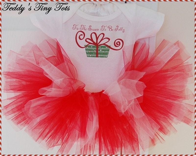 Christmas holiday tutu outfit for newborn baby by pansypieboutique
