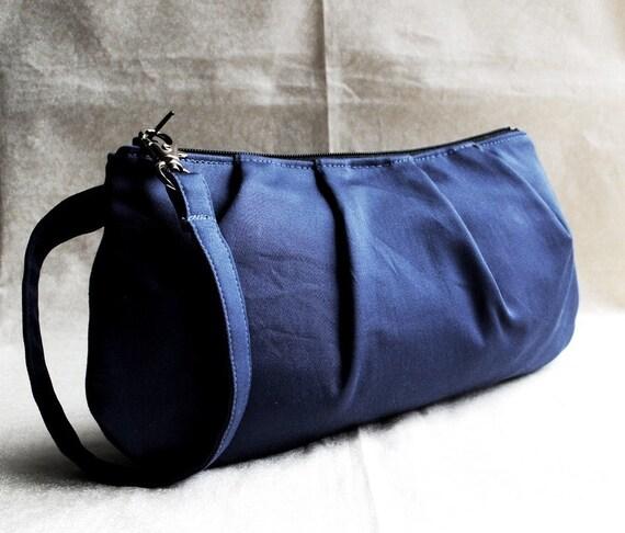 Pleated Wristlet Zipper Pouch - Indigo Blue