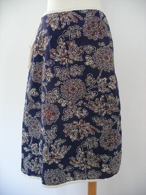 vintage 70s ethnic wrap skirt-earthy floral cotton reversible to brown-wrap skirt.