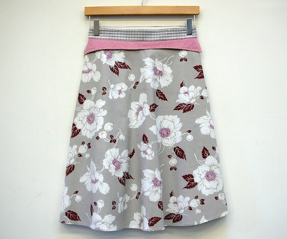 Womens A Line Skirt Blowing Flowers Womens Wrap Skirt, size S/M