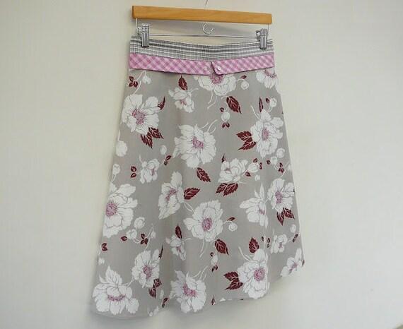 Mid Century Skirt High Waisted Skirt A Line Skirt with Grey Plaid Sash, size M/L