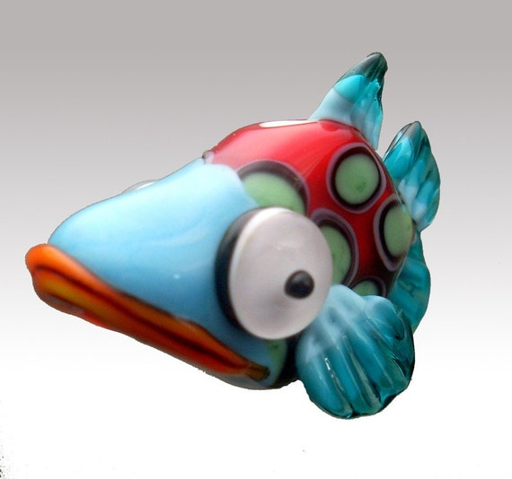 Aardvark's BELLA The Spotted Shovelnose Coy Fish Bead