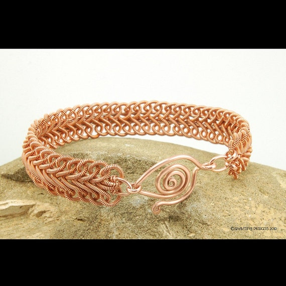 How to make Wire Jewelry PDF Tutorial Instruction ebook - Soutache Braid Coiled Copper Wire Bracelet