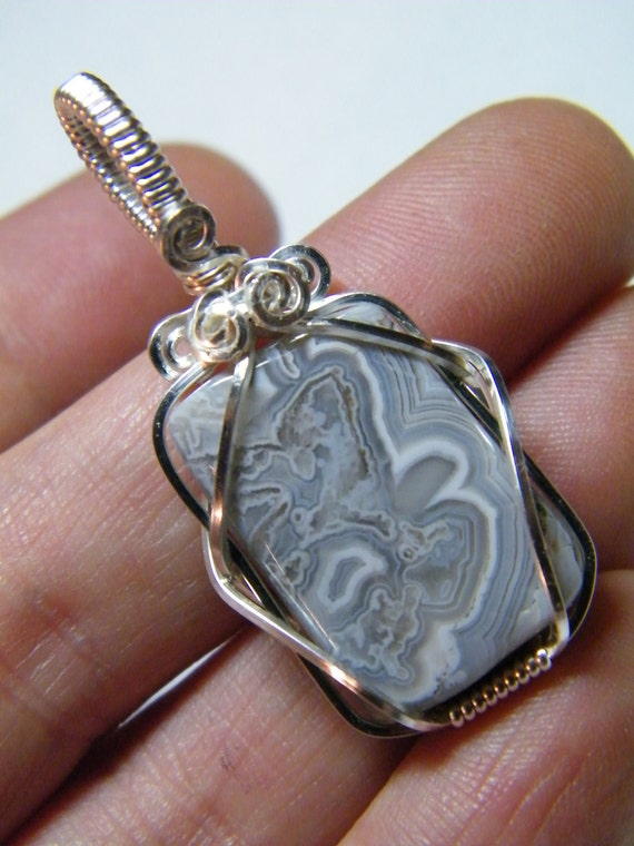 Natural grey lacy Agate wire wrapped pendant