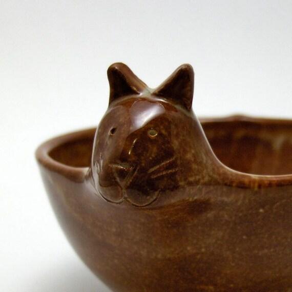 Ceramic Cat Bowl in Gingerbread Brown