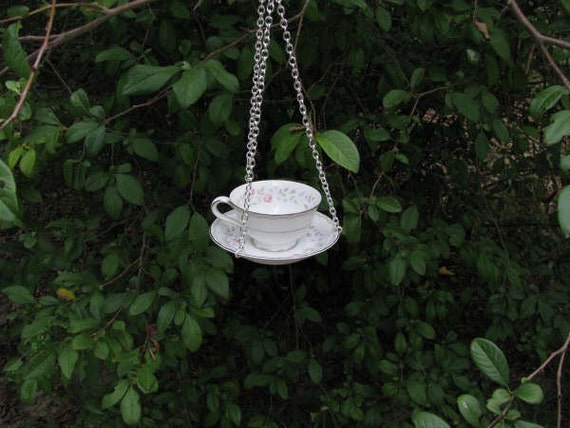 Teacup Birdbath or Feeder
